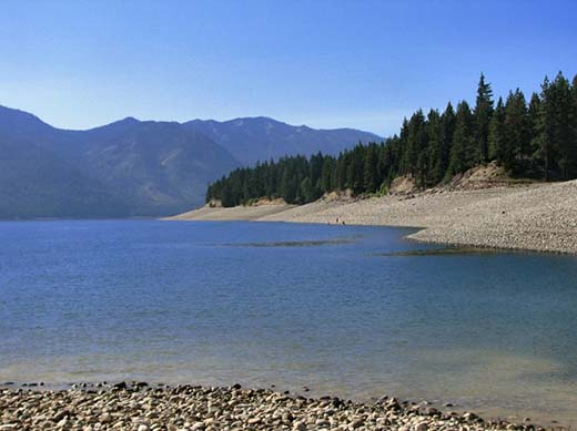 Lake Cle Elum Shore