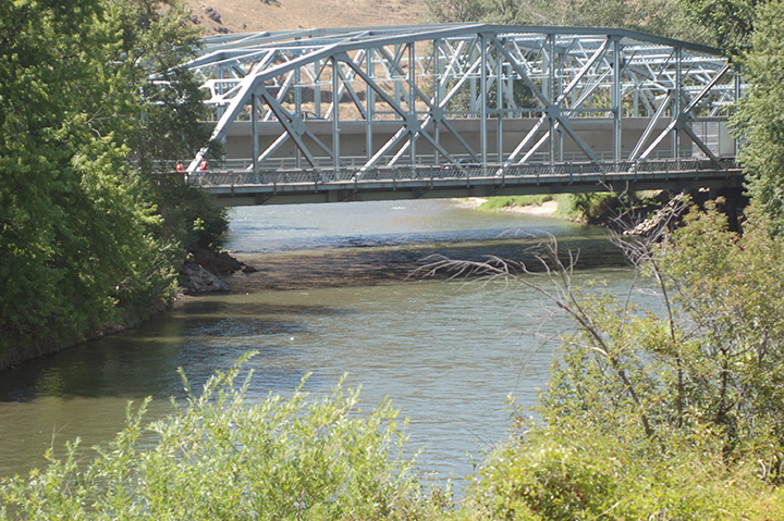 Yakima River at Selah Gap Yakima-Naches Confluence