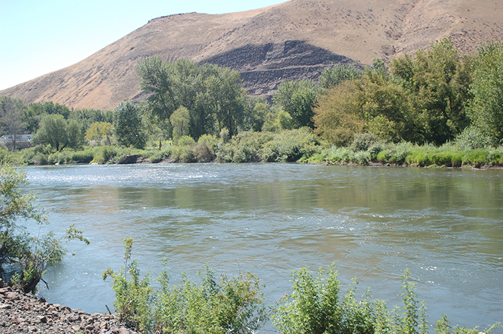 Yakima River at Union Gap