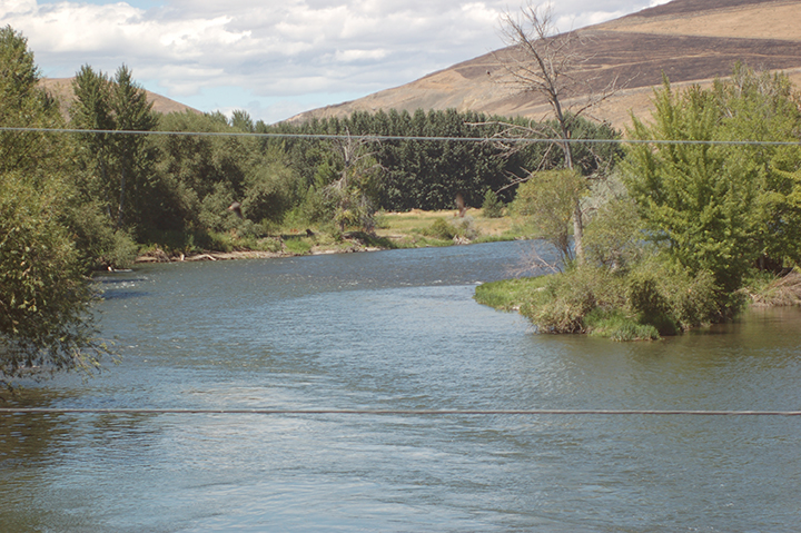 Yakima River at Wapato