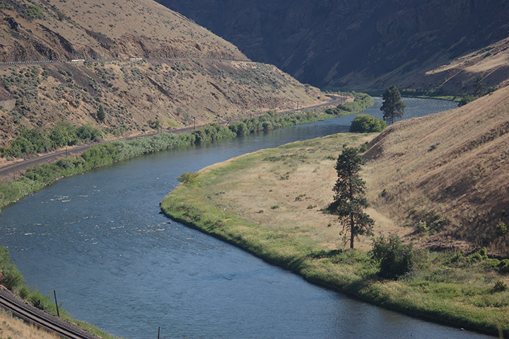 Yakima River below Roza Canal